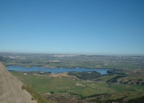 lago-san-giuliano-e-cripta-del-peccato-originale-in-mtb-2