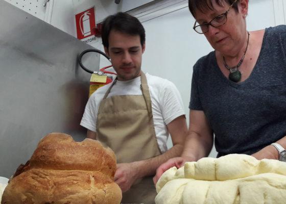 matera-bread-and-mozzarella-cheese-4