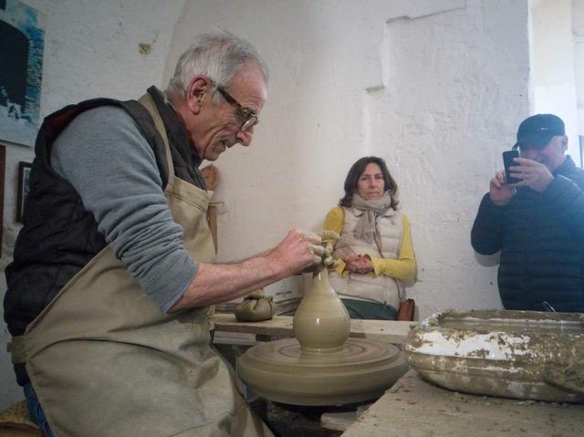 Vasellame di artigianato a Matera